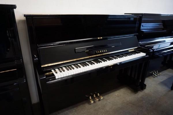Yamaha-Klavier U1