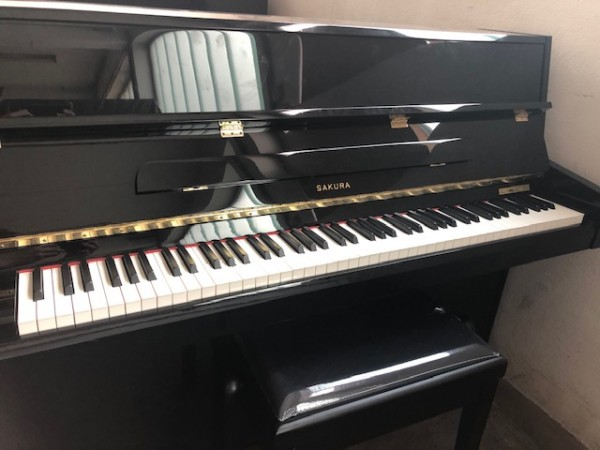 Sakura Klavier